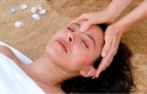 shiatsu facelift massage